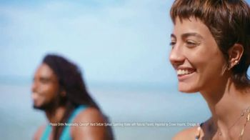 Corona Hard Seltzer TV Spot, 'Calling Your Name' Song by Pete Rodriguez - Thumbnail 5