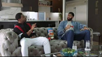 Ruffles Flamin' Hot BBQ TV Spot, 'Without Ridges: Daredevil' Featuring Anthony Davis, King Bach - Thumbnail 2