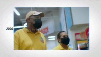 Walmart TV Spot, 'Joe Makes History' Song by The Reverend Shawn Amos - Thumbnail 5