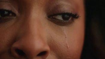 Glossier Lash Slick TV Spot, 'The Movie: Indie' Featuring Ego Nwodim - Thumbnail 5