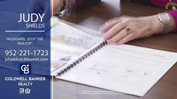 Coldwell Banker Realty TV Spot, 'Judy Shields: A Great, Big Real Estate Experience' - Thumbnail 5