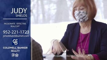 Coldwell Banker Realty TV Spot, 'Judy Shields: A Great, Big Real Estate Experience' - Thumbnail 6