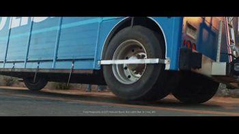 Bud Light TV Spot, 'Bud Light Legends' Featuring Post Malone, Cedric the Entertainer - Thumbnail 3