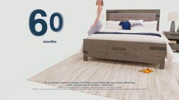 Ashley HomeStore Anniversary Sale TV Spot, 'Save 25%, Doorbusters and Financing' - Thumbnail 4