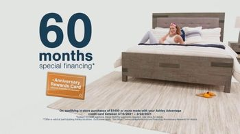Ashley HomeStore Anniversary Sale TV Spot, 'Save 25%, Doorbusters and Financing' - Thumbnail 6