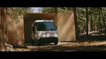 FedEx TV Spot, 'Delivering for Earth' Featuring Willie Nelson - Thumbnail 7