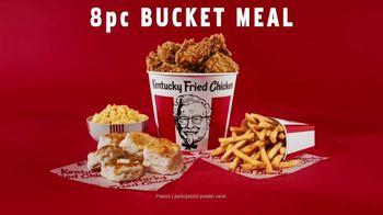 KFC 8pc Bucket Meal TV Spot, 'Toda una boca llena' [Spanish] - Thumbnail 5