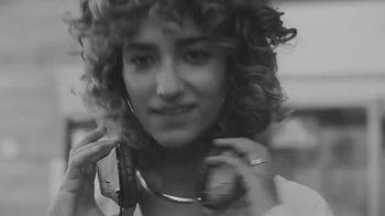 White Claw Hard Seltzer TV Spot, 'Roller Girl/Light Ball/House Party' - Thumbnail 3