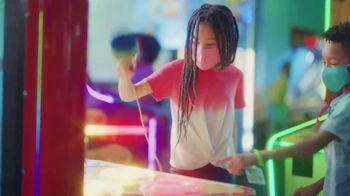 Chuck E. Cheese's TV Spot, 'It's Time for the Summer of Fun' - Thumbnail 7