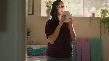 Angel Soft With Fresh Lavender TV Spot, 'So Good' - Thumbnail 6