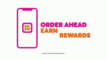 Dunkin' Refreshers TV Spot, 'Get Your Glow Back: Vitamins and Energy' - Thumbnail 9