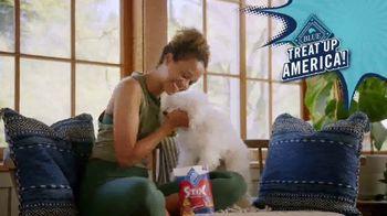 Blue Buffalo Blue Stix TV Spot, 'Treat Up, America: Yoga' - Thumbnail 10