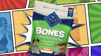 Blue Buffalo Blue Bones TV Spot, 'Treat Up, America: Warm Welcome' - Thumbnail 7