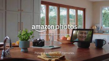 Amazon Photos TV Spot, 'A Lifetime of Memories: Dad' - Thumbnail 10