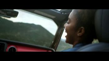 Jeep Memorial Day Sales Event TV Spot, 'One Family' [T1] - Thumbnail 3