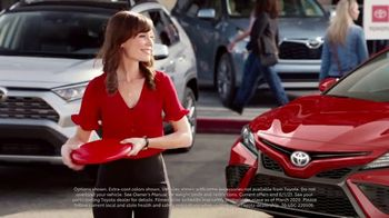 Toyota Summer Starts Here TV Spot, 'Memorial Day: Flying Disc' [T2] - Thumbnail 2