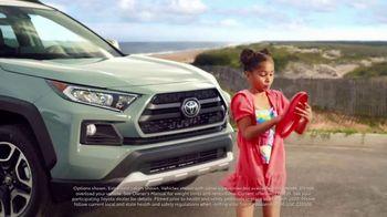 Toyota Summer Starts Here TV Spot, 'Memorial Day: Flying Disc' [T2] - Thumbnail 3