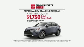 Toyota Summer Starts Here TV Spot, 'Memorial Day: Flying Disc' [T2] - Thumbnail 7