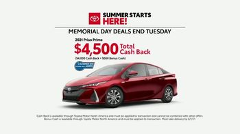 Toyota Summer Starts Here TV Spot, 'Memorial Day: Flying Disc' [T2] - Thumbnail 8