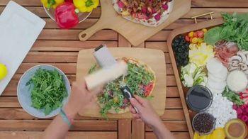 Walmart TV Spot, 'Food Network: Summer Pizza' Featuring Alex Guarnaschelli - Thumbnail 6