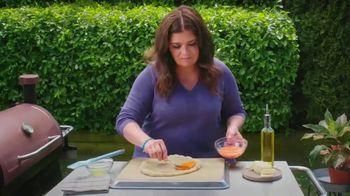 Walmart TV Spot, 'Food Network: Summer Pizza' Featuring Alex Guarnaschelli - Thumbnail 3