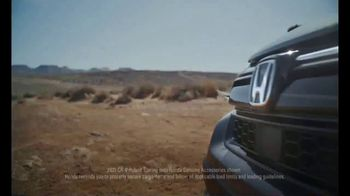 2021 Honda CR-V TV Spot, 'Rise to the Challenge: CR-V' Song by Vampire Weekend [T2] - Thumbnail 4