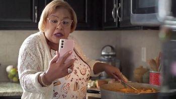 T-Mobile TV Spot, 'Netflix on Us: Drama' con LeJuan James  [Spanish] - Thumbnail 4