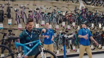 Academy Sports + Outdoors TV Spot, 'Bicicletas, camisas y asadores' [Spanish]