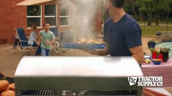 Tractor Supply Co. TV Spot, 'Post-Memorial Day' - Thumbnail 4