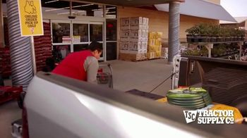 Tractor Supply Co. TV Spot, 'Post-Memorial Day' - Thumbnail 6