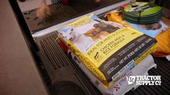 Tractor Supply Co. TV Spot, 'Post-Memorial Day' - Thumbnail 7