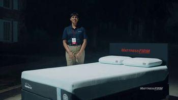 Mattress Firm TV Spot, 'Junk Sleep: Kate' Featuring Liev Schreiber - Thumbnail 2