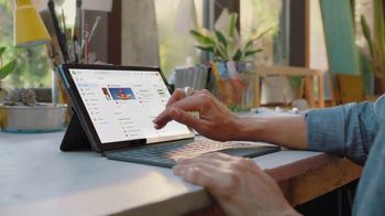 Google Chromebook TV Spot, 'Switch to Setting Up the Easy Way' - 893 commercial airings