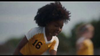 Comcast Corporation TV Spot, 'The Sportsmanship Effect' Song by David Ruffin - Thumbnail 9