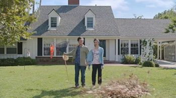 GEICO TV Spot, 'Close to the Airport' - Thumbnail 2