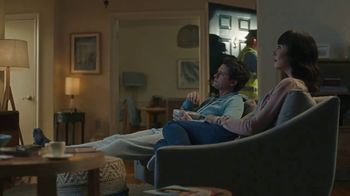 GEICO TV Spot, 'Close to the Airport' - Thumbnail 3