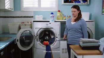 Lysol Laundry Sanitizer TV Spot, 'Untouchable Stink Protection' - Thumbnail 6