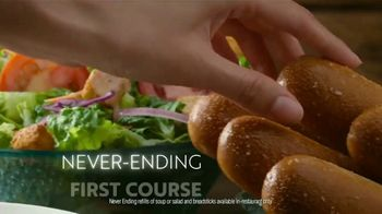 Olive Garden TV Spot, 'When You're Ready' Song by Selena Gomez - Thumbnail 3