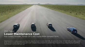Volkswagen Sign Then Drive Event TV Spot, 'Usual Suspects' [T2] - Thumbnail 2