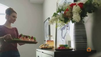 Ashley HomeStore Spring Semi-Annual Sale TV Spot, '0% intereses' [Spanish] - Thumbnail 1