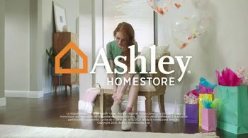 Ashley HomeStore Spring Semi-Annual Sale TV Spot, '0% intereses' [Spanish] - Thumbnail 7