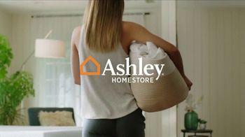 Ashley HomeStore Spring Semi-Annual Mattress Sale TV Spot, '0% Interest' - Thumbnail 2
