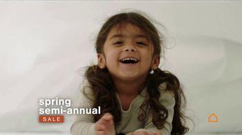 Ashley HomeStore Spring Semi-Annual Mattress Sale TV Spot, '0% Interest' - Thumbnail 5