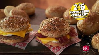 Jack in the Box Everything Croissant Breakfast Sandwiches TV Spot, 'An Idea' - Thumbnail 5