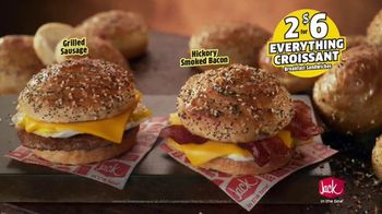Jack in the Box Everything Croissant Breakfast Sandwiches TV Spot, 'An Idea' - Thumbnail 6