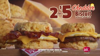Jack in the Box Cheddar Biscuits Breakfast Sandwiches TV Spot, 'Better With Cheddar' - Thumbnail 7