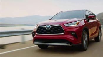 Toyota Highlander Hybrid TV Spot, 'Dear Power: Highlander' [T1] - Thumbnail 1