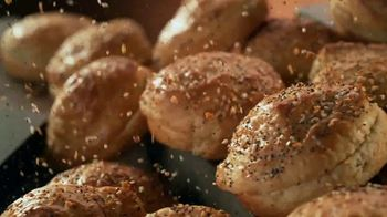 Jack in the Box Everything Croissant Breakfast Sandwiches TV Spot, 'Jack Has It All' - Thumbnail 6