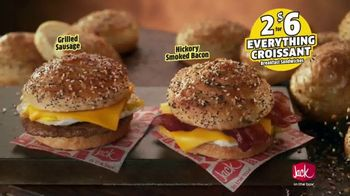 Jack in the Box Everything Croissant Breakfast Sandwiches TV Spot, 'Jack Has It All' - Thumbnail 7