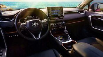 2021 Toyota RAV4 TV Spot, 'Ultimate Adventure-Mobile' Featuring Danielle Demski, Ethan Erickson [T2] - Thumbnail 5